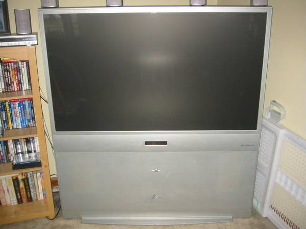 57-inch rear-projection TV with HDTV (1080i480p) resolution - $200 (chandler)