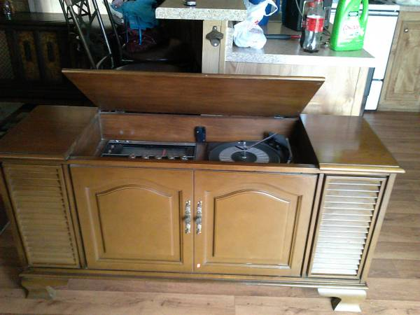 TWO VINTAGE CABINET STEREOS WITH RECORD PLAYERS-TRADE 4 CHINA CABINET - $150 (TYLER)