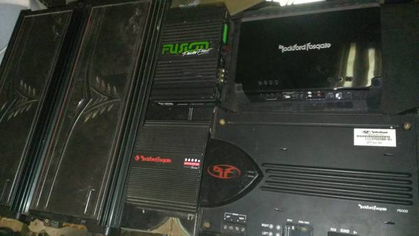 lots of kicker and Rockford Fosgate s and subs for sale - $1 (LongviewOre City)
