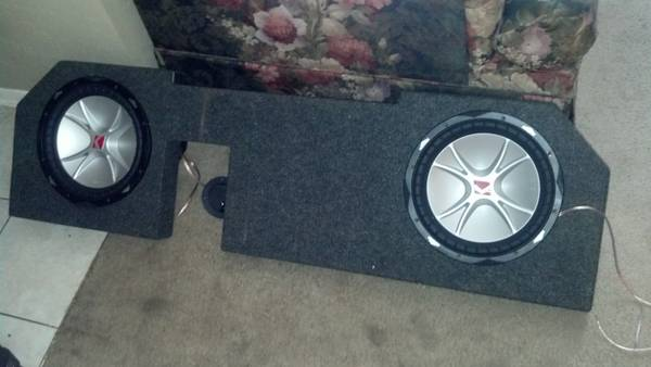 12 inch cvr kickers and  and capisitor - $200 (tyler tx)