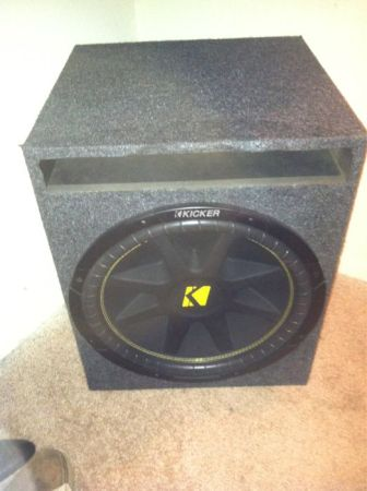 One 15in kicker comp awoth the cd player  and wiring - $200 (Grand prairie)