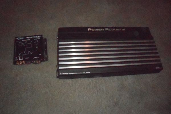 Power acoustik 2200 watt  and crossover - $150 (Nacogdoches)