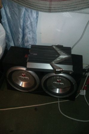 visonik 10s in box only subs - $30 (pittsburg tx)