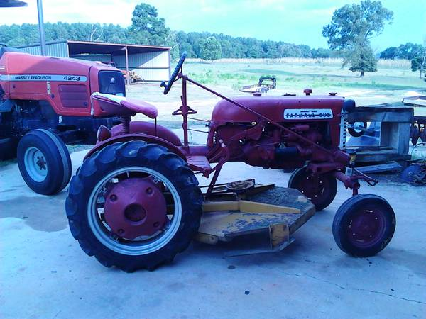 57 Cub Farmall w Belly mower - $2750 (pittsburg)