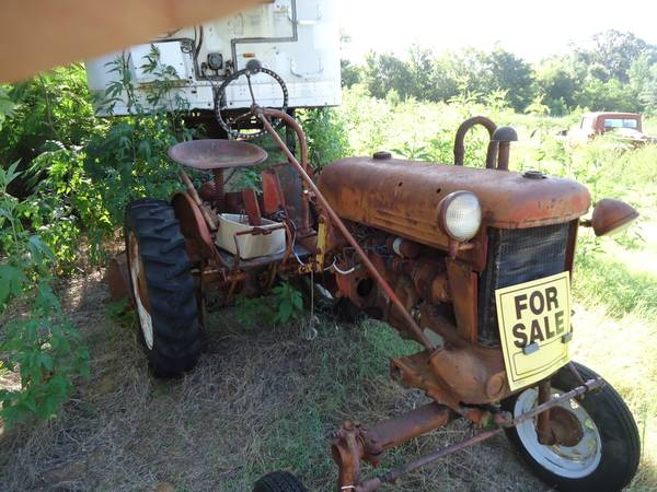 Cub Farmall belly mower - $850 (Lindale)