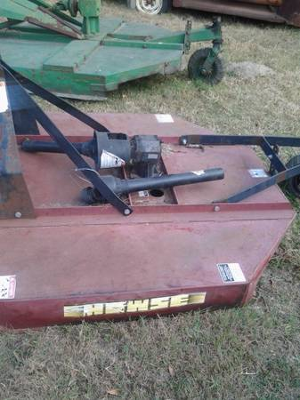 5 ft howse mower brush hog - $550 (gladewater)