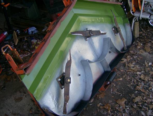 5 Finishing Mower - $825 (Hughes Springs - 75656)