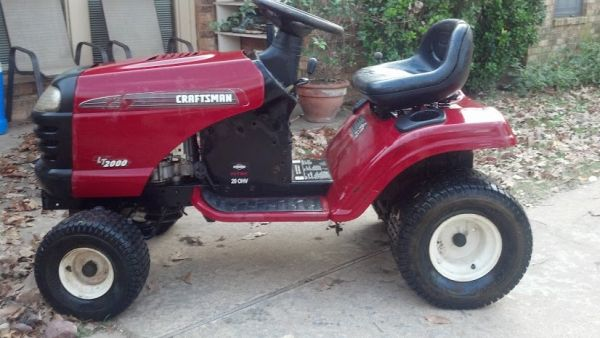 REDUCED 2007 Craftsman Riding Lawn Mower - $150 (Athens)