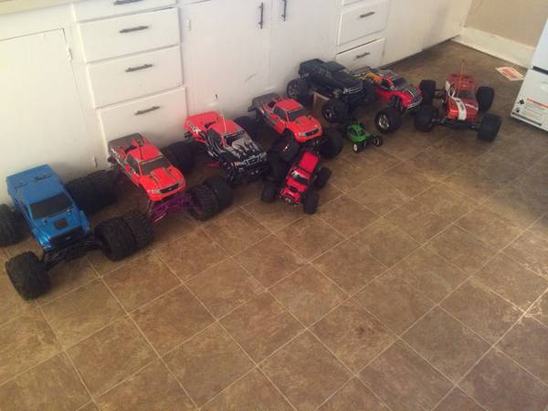 Rc Nitro 4x4 trucks and a grip load of parts   Athens