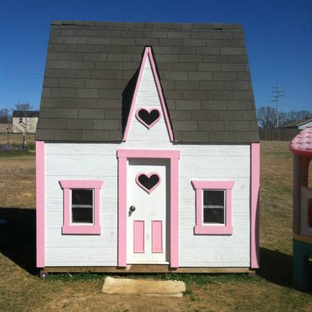 Custom Playhouses  Lindale