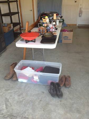 Garage Sale leftovers   Tyler  TX