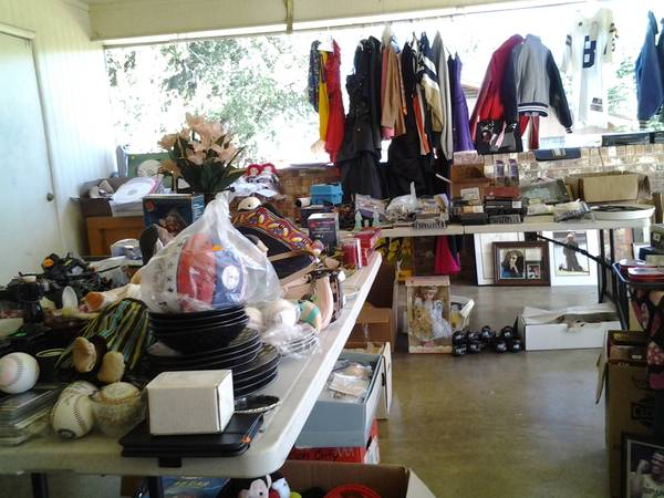 HUGE SALE 109 -1013 (700SUNNYHILL DR, BY JOHN TYLER HIGH SCHO)