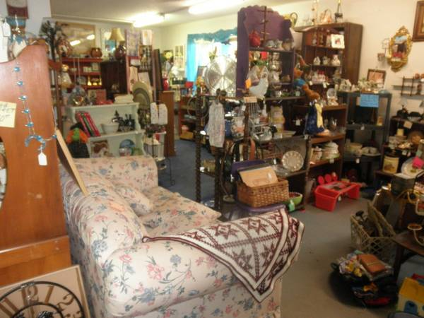 NEW ITEMS DAILY, BARGAINS, FURNITURE, COLLECTIBLES, HOUSEHOLD MORE (Chapel Hill, Texas)