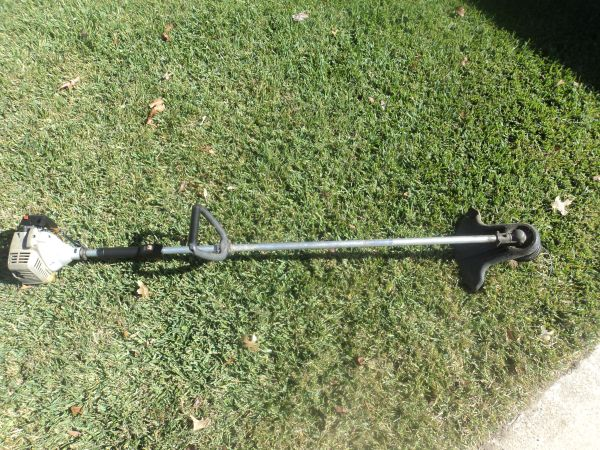 Garage Sale (trimmers, chainsaws, blowers, edgers, etc.) (Chandler)