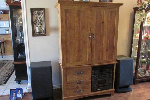 tv cabinet and Sony stero equipment -   x0024 450  lindale texas
