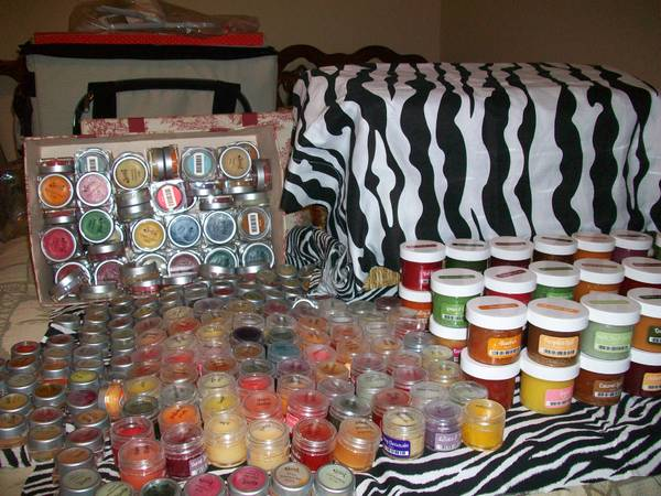 SCENTSY TESTERS---ALL SIZES (BROWNSBORO)