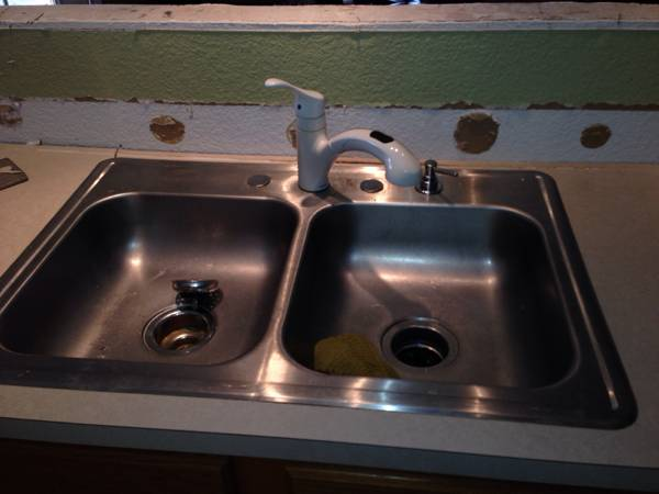 Stainless steal sink  -   x0024 40  Lindale  texas