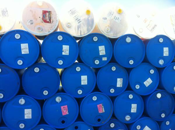 55 GALLON BLUE PLASTIC BARRELS BARREL RAIN WATER CATCHER BIO DIESEL - $10 (LONE OAK, TEXAS)