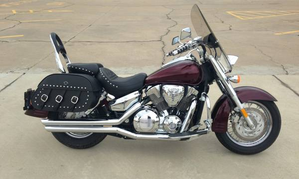 2007 Honda VTX 1300 - Low Miles     -   x0024 5850  Mount Pleasant Texas