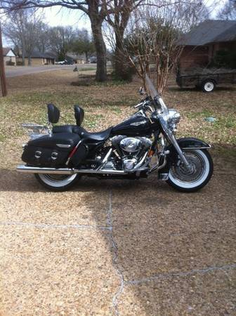 2004 Road King  Low Miles  -   x0024 12000