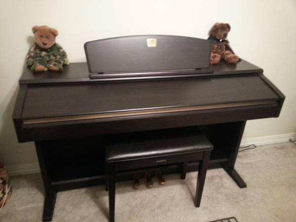 Yamaha Clavinova Electric Piano - x00241200 (Longview, Texas)