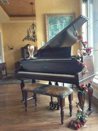 Beautiful 1922 Brambach Baby Grand Piano - $5000 (Lindale)