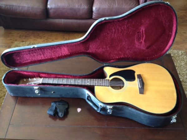 Ibanez Performace PF5CE Guitar with Hard Case - $150 (Lindale)