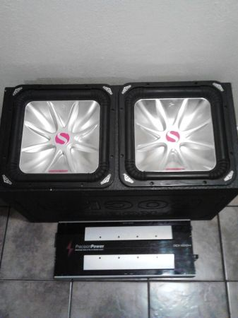 Two 15 in L5 kickers in a Pro box - $500 (longview Texas)