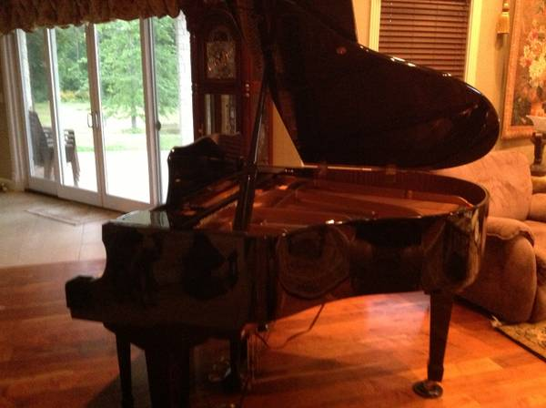 Baby Grand Piano w Player - $8000 (KiLgore, Texas)