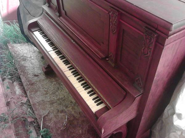1905 Jacob Doll piano