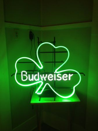 Neon Sign for Trade (Tyler)