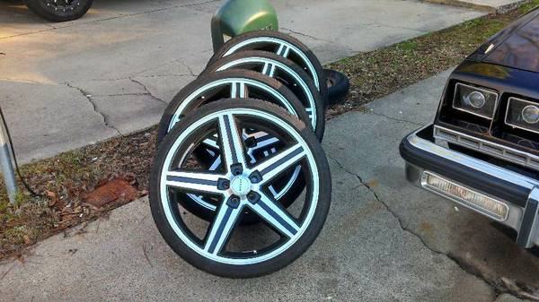 22 black and aluminum iroc rims - $1000 (Longview, Tx.)