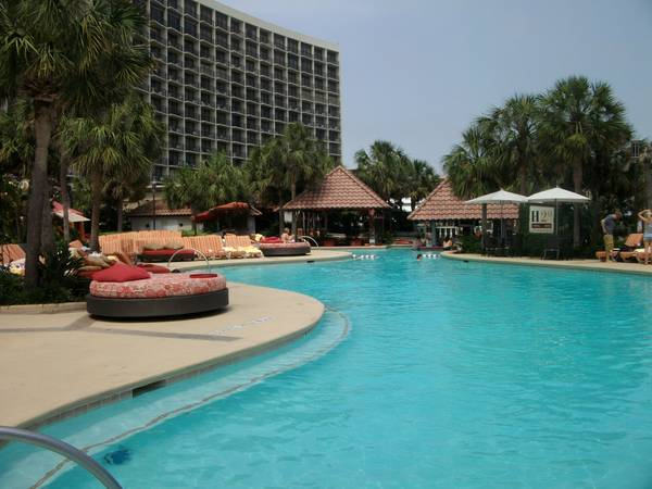 1br - 960ft sup2  - AT The Fabulous San Luis Resort - Large Updated Condo For Lease  Galveston