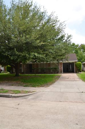 - $2950 2br - 1250ftsup2 - 97282 BEDS All NEW.FURNISHED TVWiFi, Bills PAiD. Huge Fenced Yard (Medical Center Galleria Reliant TMC)
