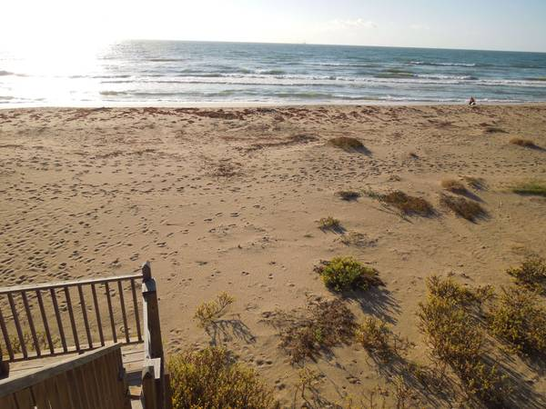 - $250 4br - 1700ftsup2 - Beach front vacation rental Spring break last Min deal (surfside beach)