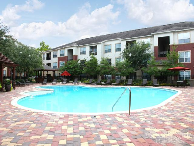 $1,800, 1br, Westchase Furnished Apartment