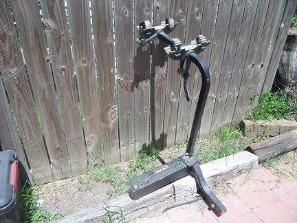 Yakima Bike Rack Swing Daddy 2 bike - $300 (Galveston)