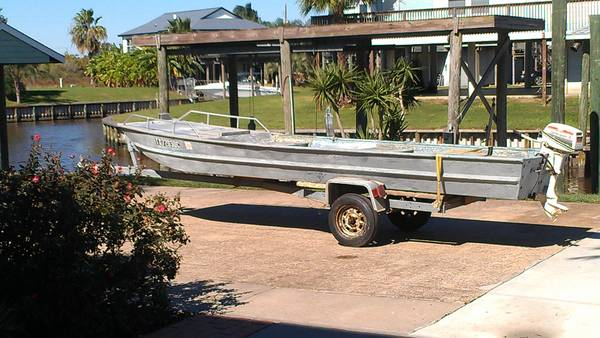 16 foot 1982 Eldocraft Jon boat and trailer - $700 (San Leon)