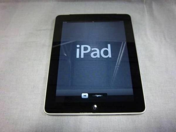 Mint Condition iPad for sale -   x0024 200  Galveston