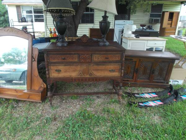 Furniture and appliances for sale (Texas City )