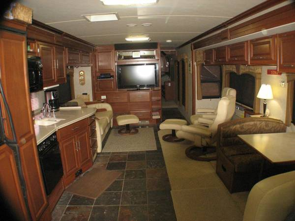 Motorhome 2008 Discovery 40X - $120000 (Victoria, TX)