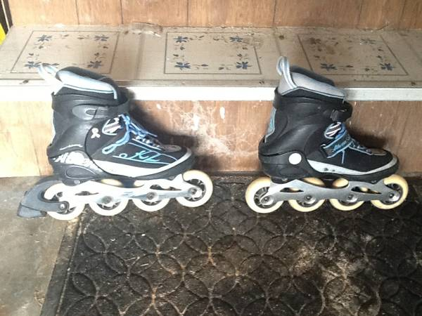 Womens size 7 K2 Rollerblades - $20 (Galveston - Ferry Road)