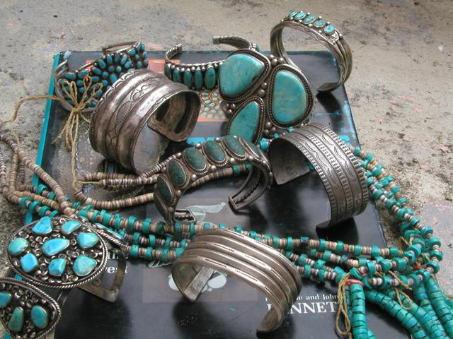 Native American Authentic INDIAN JEWELRY  Collectibles  also VINTAGE TOYS BUY SELL TRADE  CONSIGN