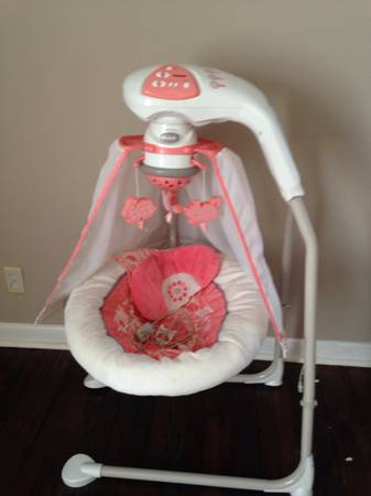 Girls graco baby swing -   x0024 100