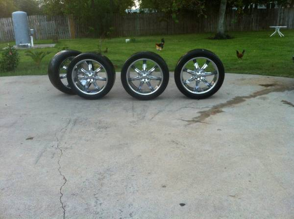 22 inch 5 lug universal rims - $550 (HoustonGalveston )
