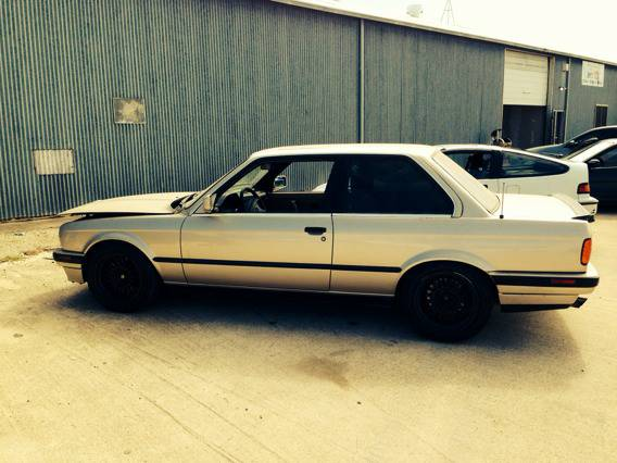 E30 1991 BMW 325i w 5 lug conversion - $3000 (NASA rd1, houston)