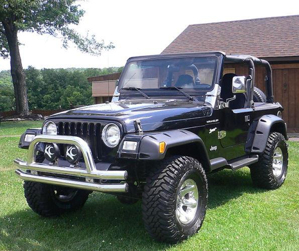 2 213  Lifted 1997 Jeep Wrangler