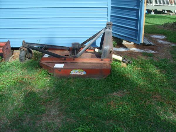 Howse Brush Hog Used Works Great 250 OBO - $250 (Santa Fe)