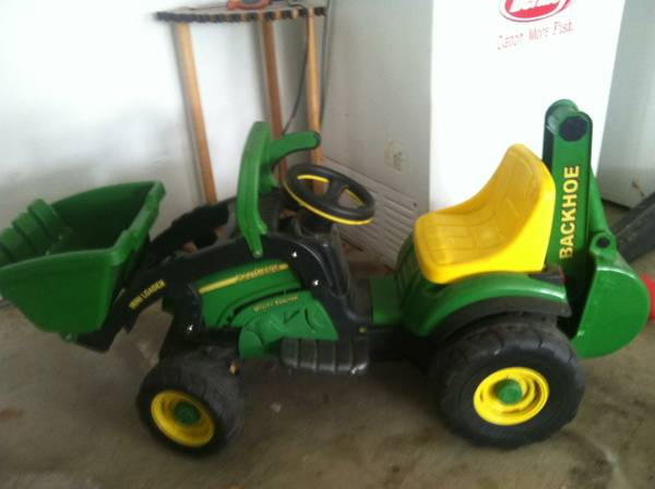 John Deere 6V Mini loader -   x0024 125  league city
