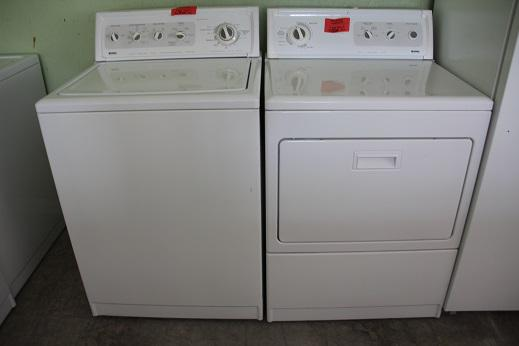 325  Kenmore Washer With Gas Dryer